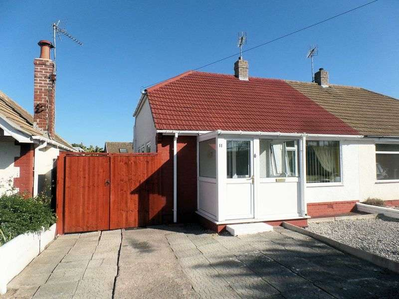 2 Bedrooms Semi Detached Bungalow for sale in Archers Green, Prestatyn
