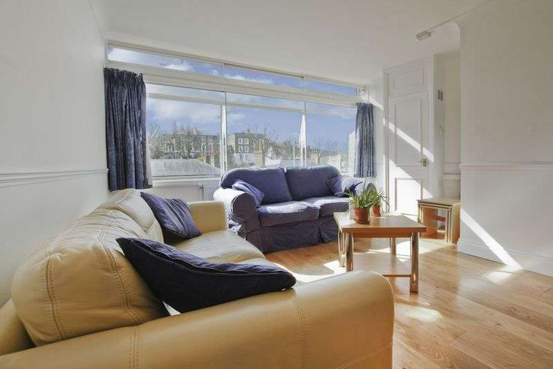 2 Bedrooms Flat for sale in Hyde Vale, Greenwich, SE10