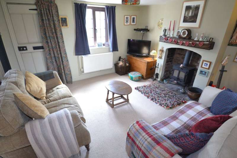 2 Bedrooms Cottage House for sale in Mendlesham, Suffolk