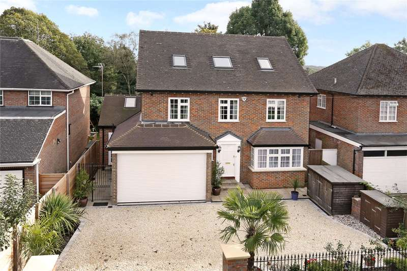 5 Bedrooms Detached House for sale in Foxdell, Northwood, Middlesex, HA6