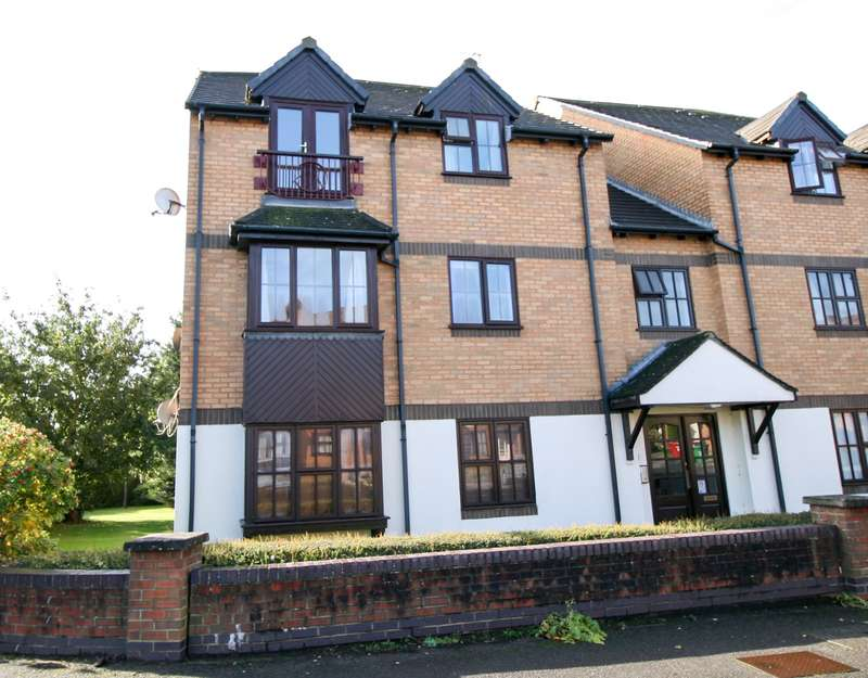1 Bedroom Flat for sale in Gorse Meade - Viewings Available SATURDAY 5th November 13:00-14:00