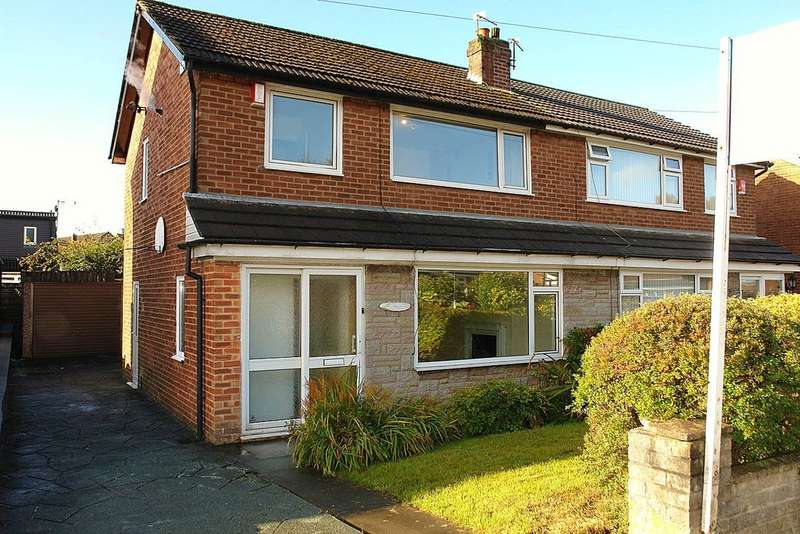3 Bedrooms Semi Detached House for sale in 32 Turfland Avenue, Royton, Oldham