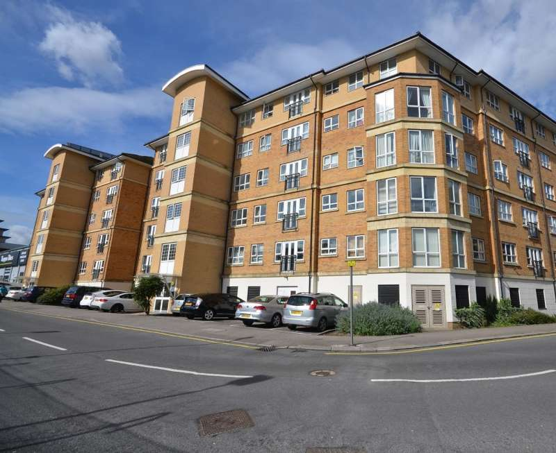 1 Bedroom Flat for sale in Geneva Court, Rookery Way, Kingsbury, London, NW9 6GA