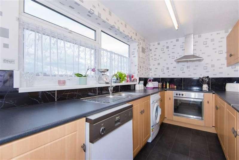 1 Bedroom Property for sale in Tudor Court, Rickmansworth, Hertfordshire, WD3