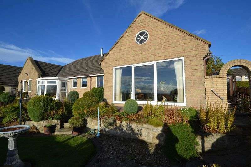 3 Bedrooms Detached Bungalow for sale in Heatherleazes, Morpeth