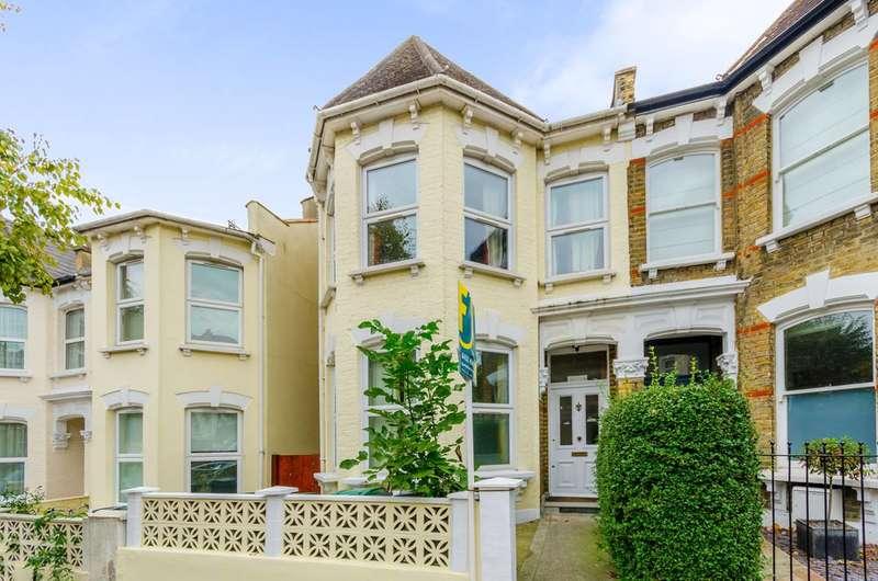 3 Bedrooms Flat for sale in Burgoyne Road, Harringay, N4