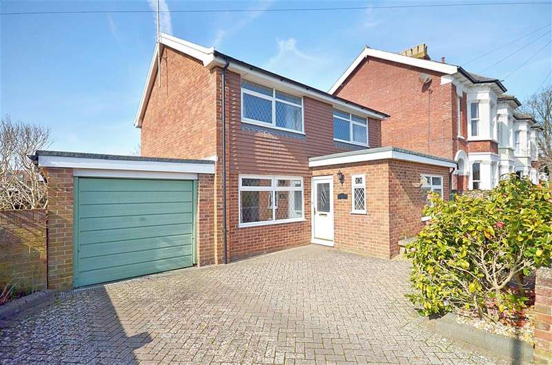 3 Bedrooms Detached House for sale in Waverley Road, Rustington, West Sussex