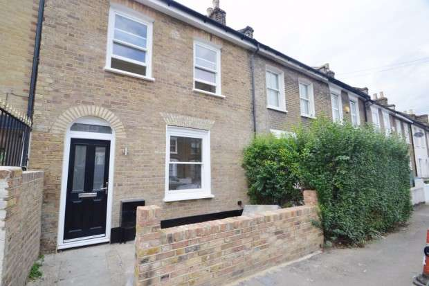 3 Bedrooms End Of Terrace House for sale in Kirkwood Road, Nunhead, SE15