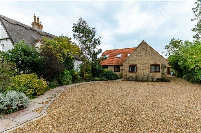 5 Bedrooms Detached House for sale in Barton Road, Haslingfield, Cambridge