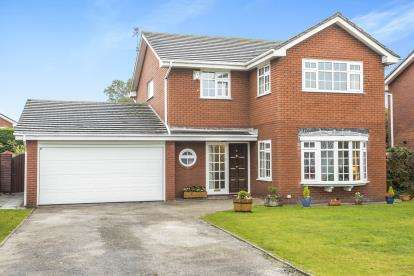 4 Bedrooms Detached House for sale in Meldreth Close, Formby, Merseyside, Uk, L37