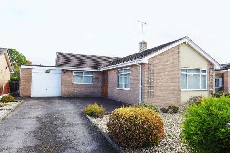 3 Bedrooms Detached Bungalow for sale in Hampshire Drive, Wrexham