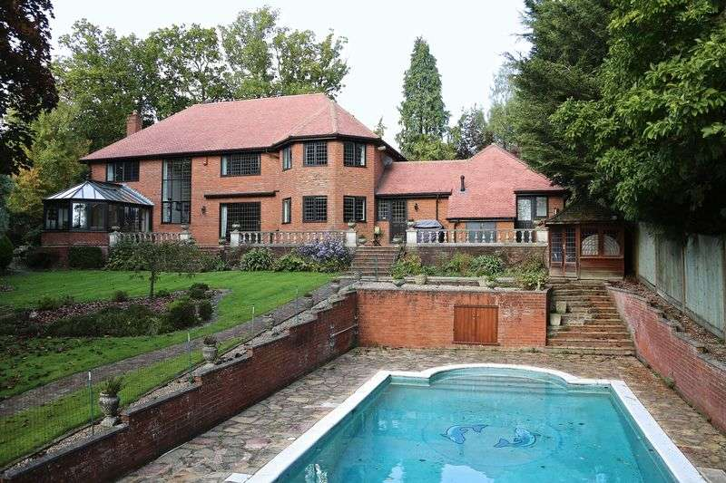 5 Bedrooms Detached House for sale in Knotty Green, Beaconsfield