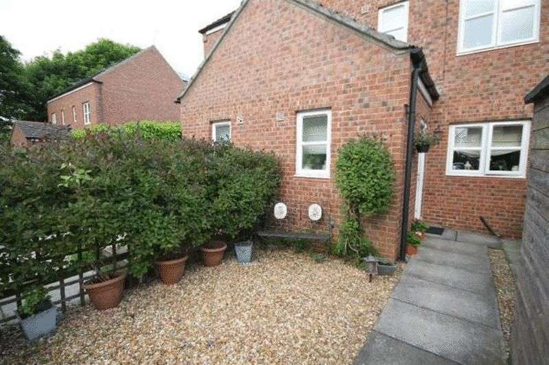 3 Bedrooms Terraced House for sale in Glebe Close, Stockton-On-Tees
