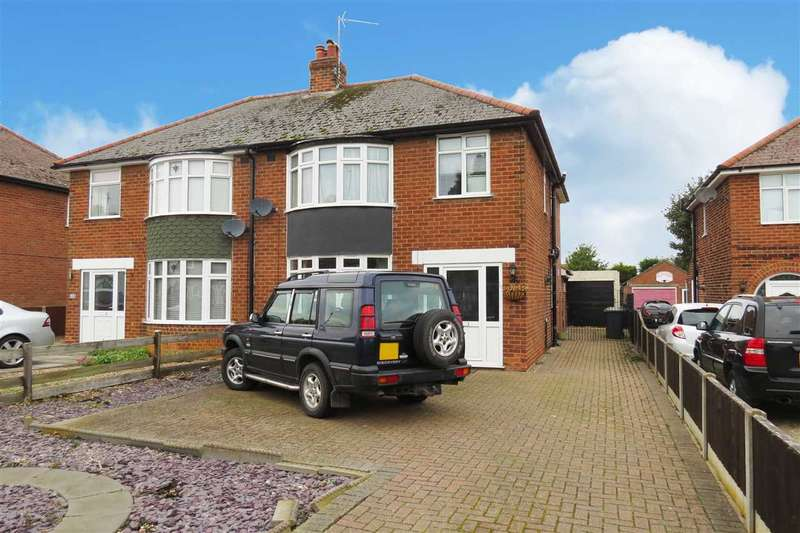 4 Bedrooms Semi Detached House for sale in North Parade, Sleaford