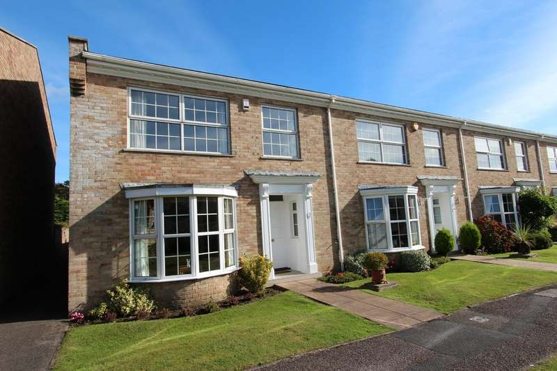 4 Bedrooms End Of Terrace House for sale in HIGHCLIFFE ON SEA