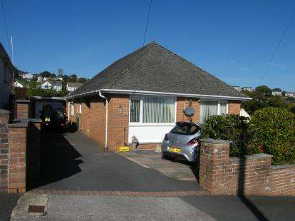 4 Bedrooms Bungalow for sale in Paignton, Devon