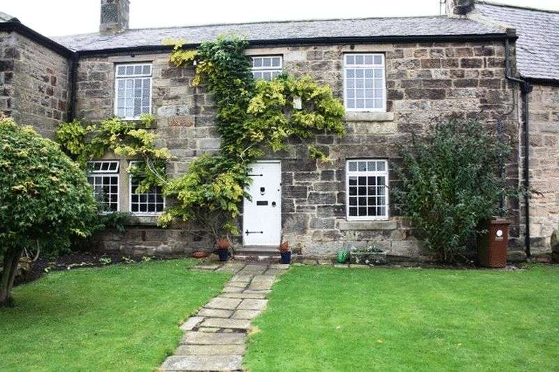 4 Bedrooms Terraced House for sale in Church Street, Longframlington - Four Bedroom House