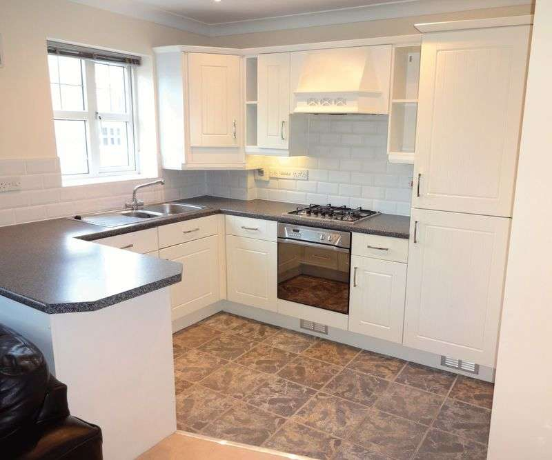1 Bedroom Flat for sale in Pickard Drive, Richmond