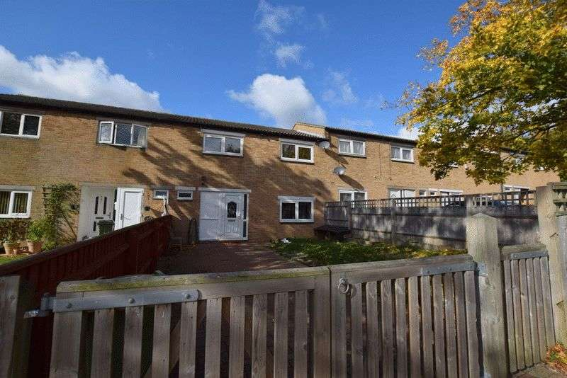 3 Bedrooms Terraced House for sale in Hodge Lea Lane, Milton Keynes