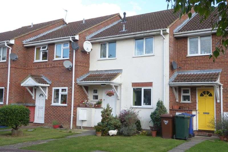 3 Bedrooms Terraced House for sale in Kingfisher Way, Bicester