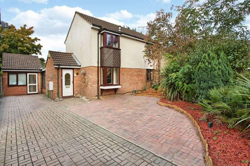 4 Bedrooms Detached House for sale in Welwyn Garden City, Hertfordshire