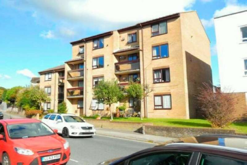 2 Bedrooms Flat for sale in London Road, Cosham, Portsmouth, PO6