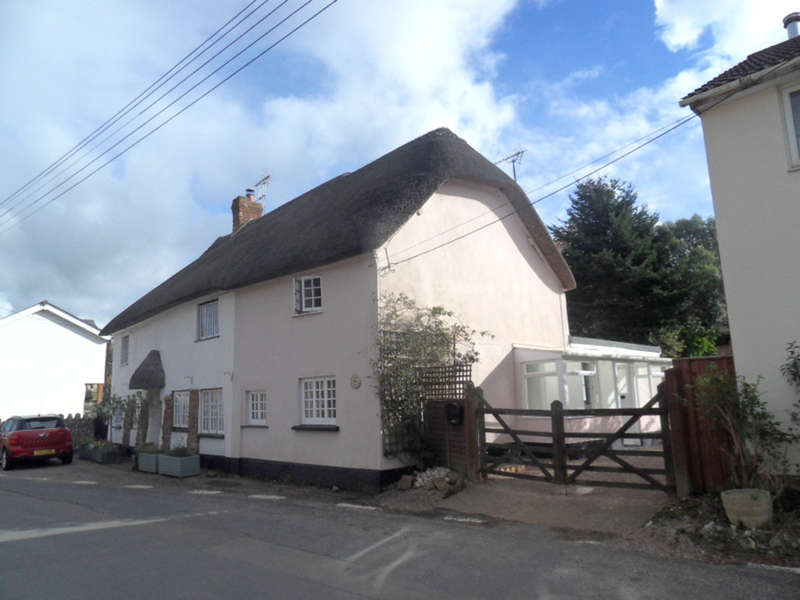2 Bedrooms Cottage House for sale in Ottery Street, Otterton