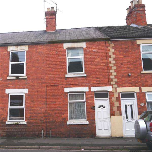 3 Bedrooms Terraced House for sale in Redcross Street, Grantham