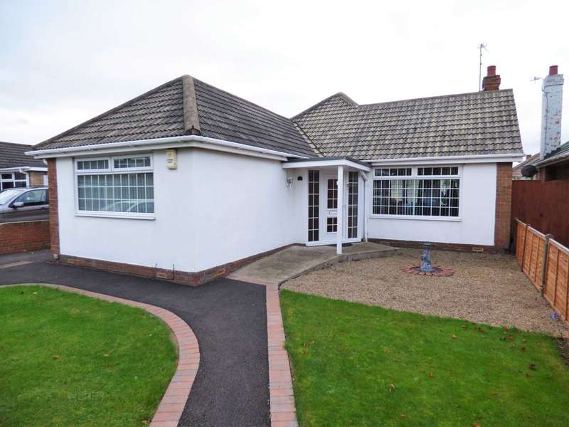 3 Bedrooms Detached Bungalow for sale in Fairfield Close, Redcar