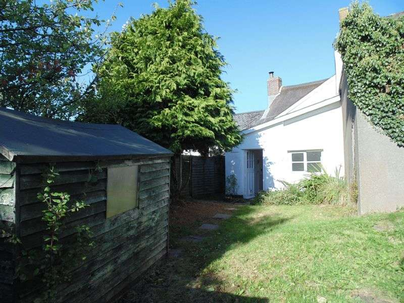 3 Bedrooms Terraced House for sale in Hatherleigh
