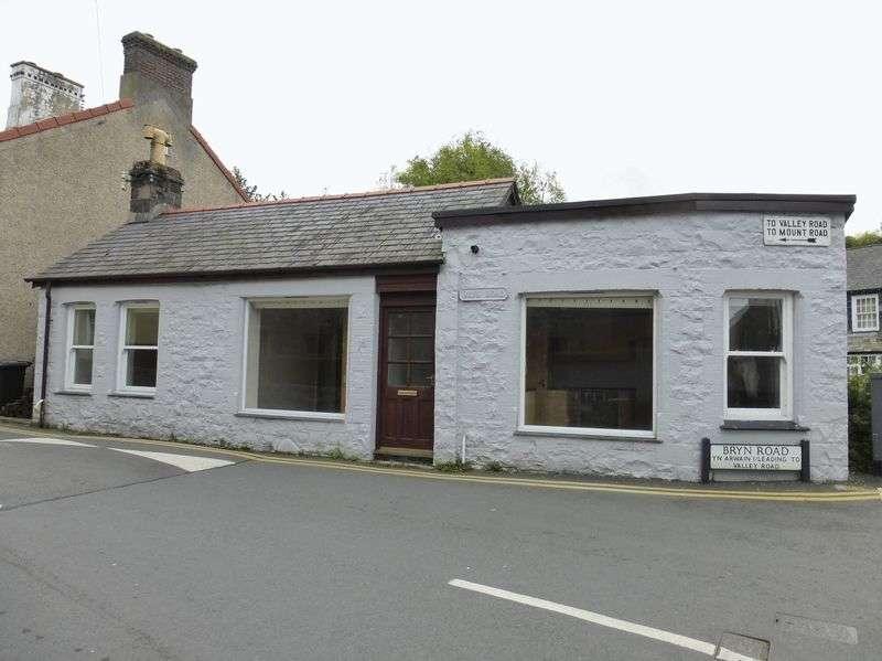 Property for sale in Llanfairfechan