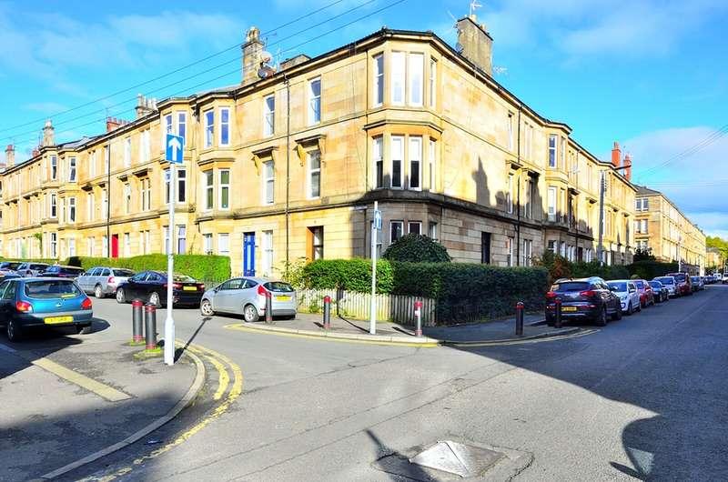 2 Bedrooms Flat for sale in Mount Stuart Street, Glasgow, Lanarkshire, G41