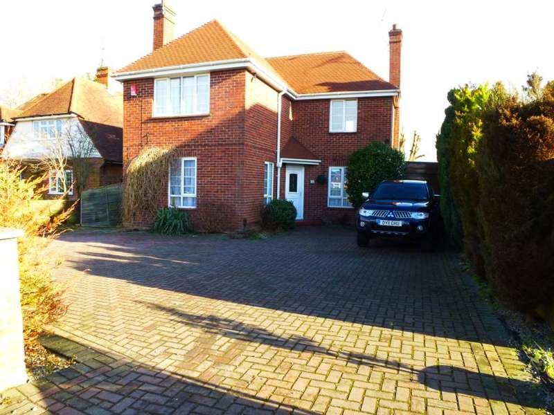 4 Bedrooms House for rent in Church Road, Earley