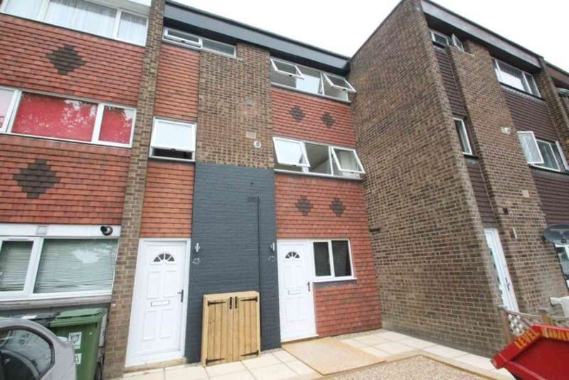 3 Bedrooms Maisonette Flat for sale in Westerdale, Hemel Hempstead