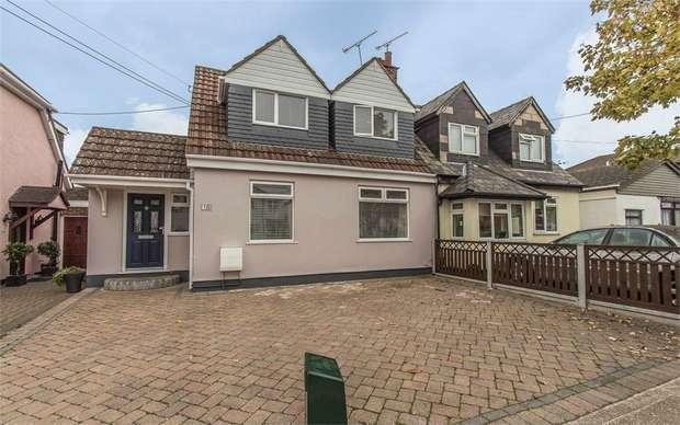 3 Bedrooms Semi Detached House for sale in Kennington Avenue, BENFLEET, Essex