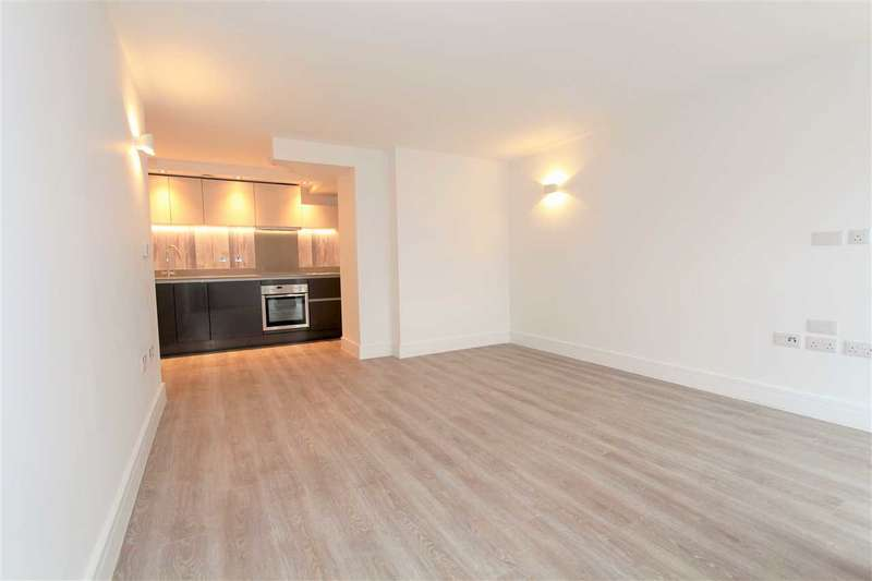 2 Bedrooms Apartment Flat for sale in Premier House, 112 Station Road, Edgware