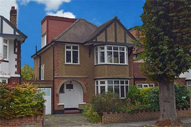 4 Bedrooms Detached House for sale in Ellesmere Road, East Twickenham, St Margarets