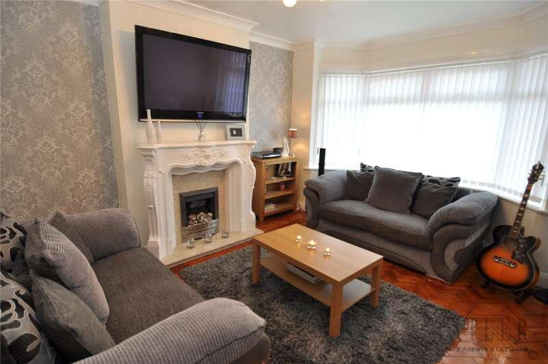 3 Bedrooms Semi Detached House for sale in Devonshire Road, Saughall Massie, Upton
