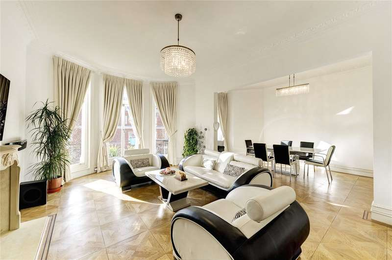 4 Bedrooms Flat for sale in Campden Hill Court, Campden Hill Road, W8
