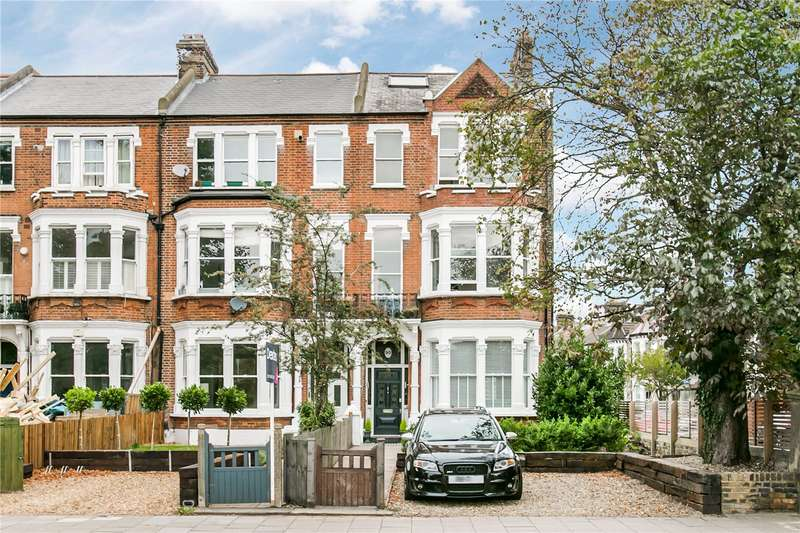 3 Bedrooms Maisonette Flat for sale in Clapham Common North Side, London, SW4