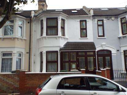 5 Bedrooms Terraced House for sale in East Ham, London