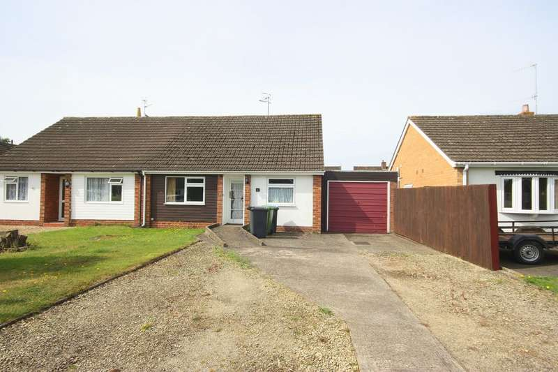 2 Bedrooms Bungalow for sale in Whitfield Close, Tiddington, CV37