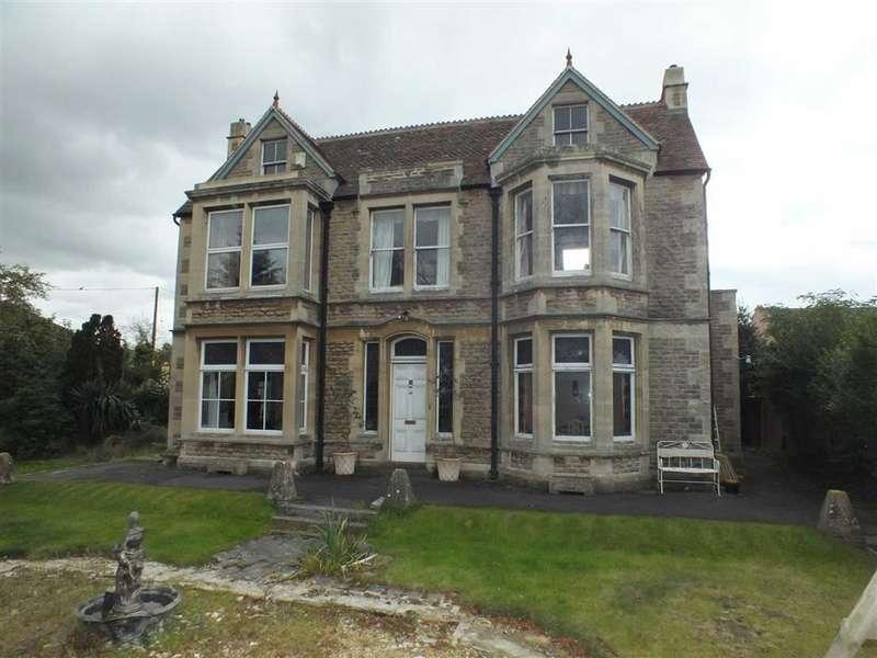 4 Bedrooms Property for sale in Spa Road, Melksham, Wiltshire, SN12