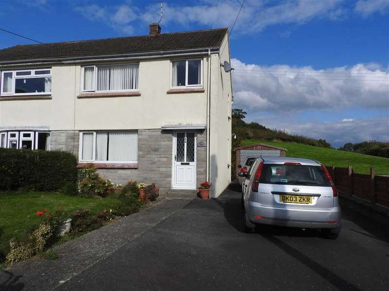 3 Bedrooms Property for sale in Brongwinau, Comins Coch
