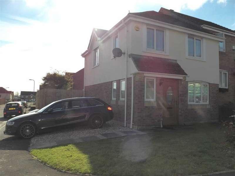 3 Bedrooms Property for sale in Brynhyfryd, Llangennech, Llanelli