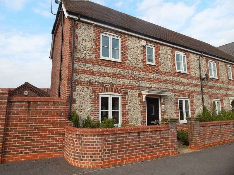 3 Bedrooms Semi Detached House for sale in Shears Drive, Amesbury