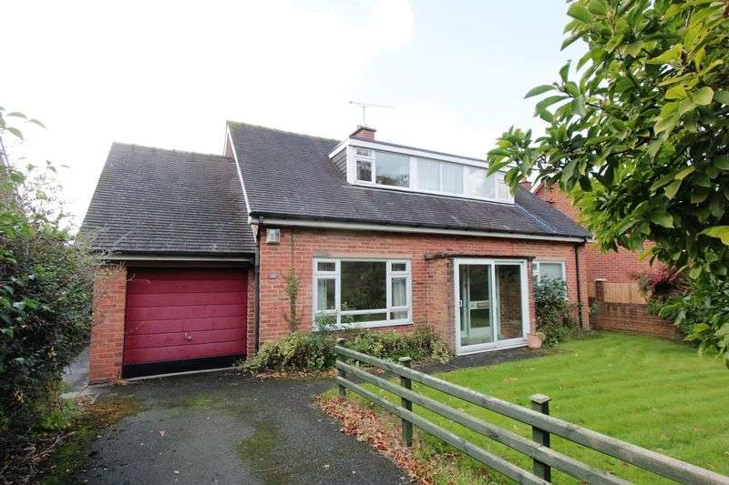3 Bedrooms Detached House for sale in Castle Park, Ruthin