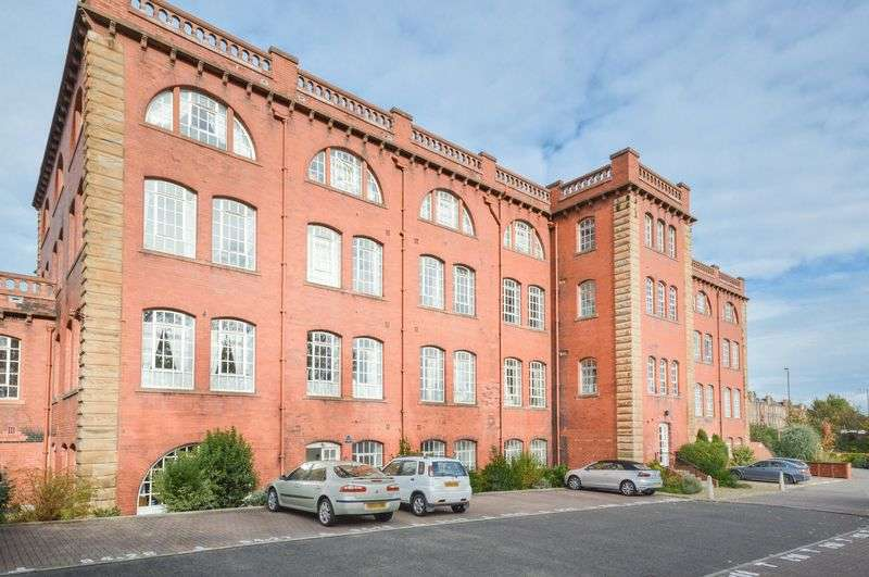 2 Bedrooms Flat for sale in 94/17 Inchview Terrace, Craigentinny, Edinburgh, EH7 6TF