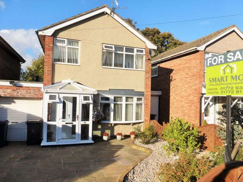 3 Bedrooms Detached House for sale in Glen Park Drive, Hesketh Bank, Preston