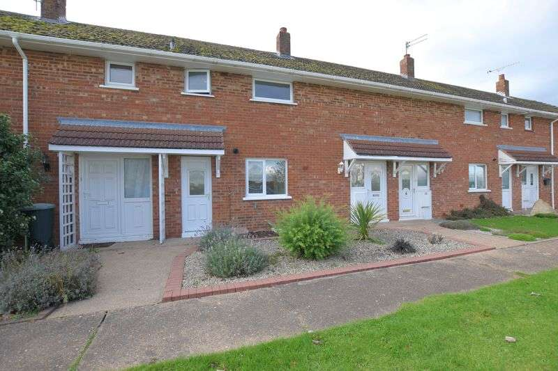 2 Bedrooms Terraced House for sale in Northumberland Avenue, Scampton, Lincoln
